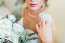 crisp-southern-elegance-makes-for-perfect-wedding-inspiration-65-600x400