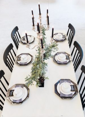 crisp-southern-elegance-makes-for-perfect-wedding-inspiration-12-300x412