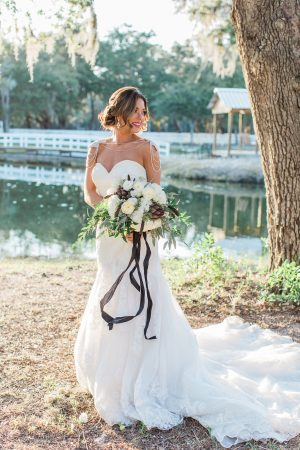 crisp-southern-elegance-makes-for-perfect-wedding-inspiration-75-300x450