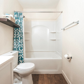 9-Bathroom_copy.JPG