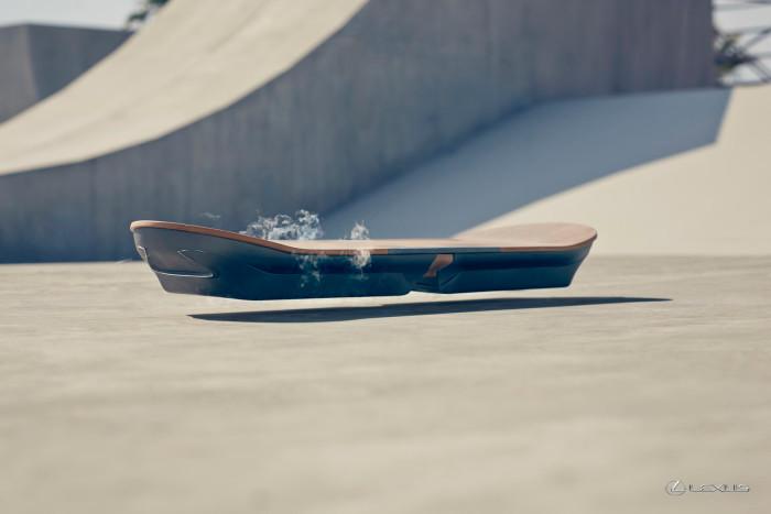 Lexus-hoverboard-2-700x467.jpg