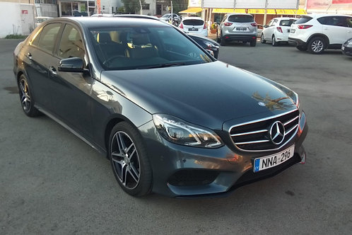 MERCEDES-BENZ E220 2.2 CDI BLACK EDITION