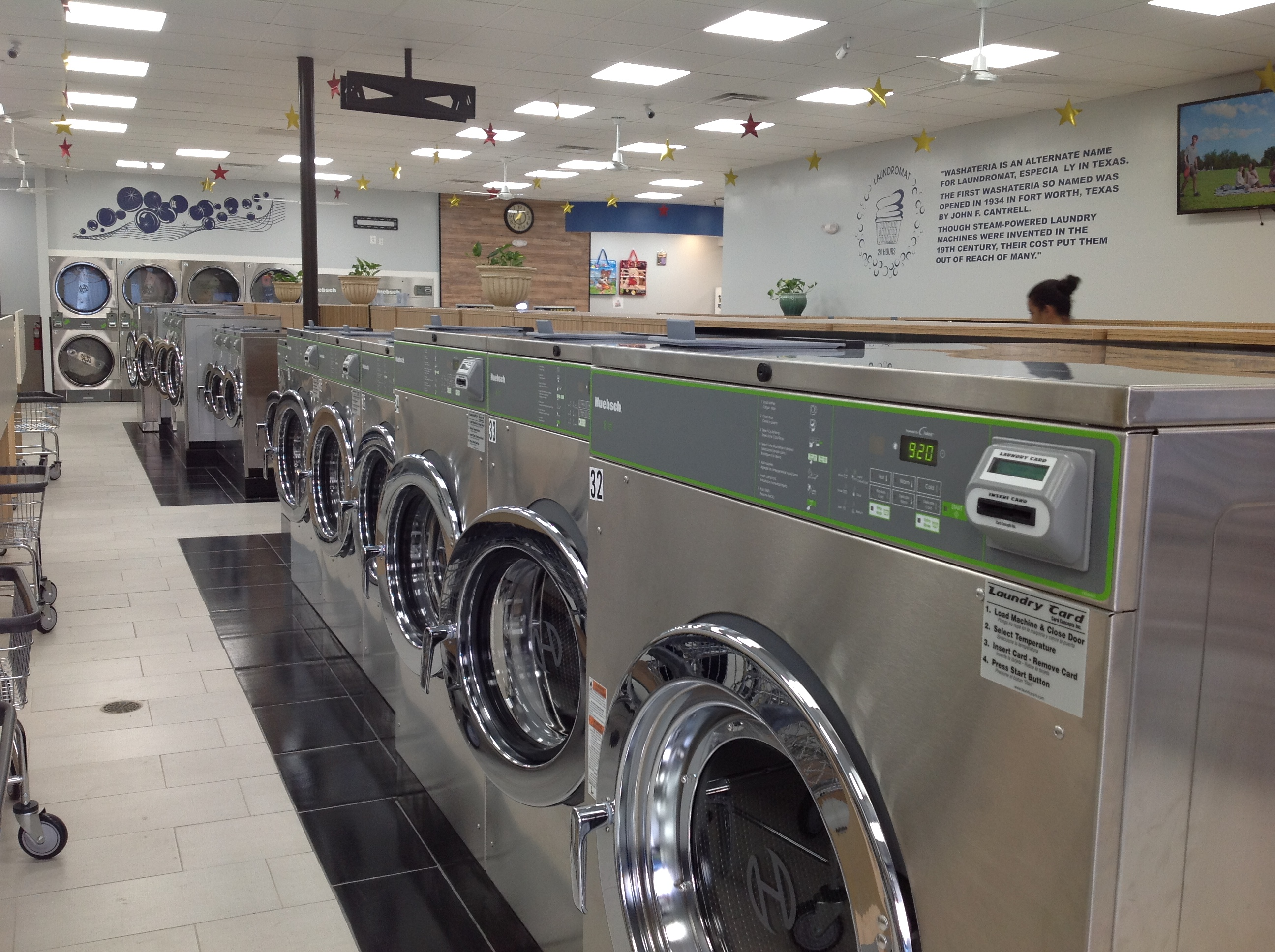 Stars Laundromat Overview3