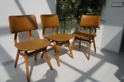 Vintage stoelen oker
