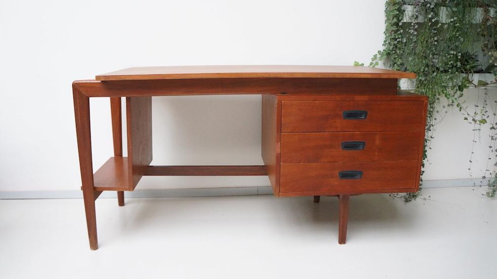 Teak houten bureau