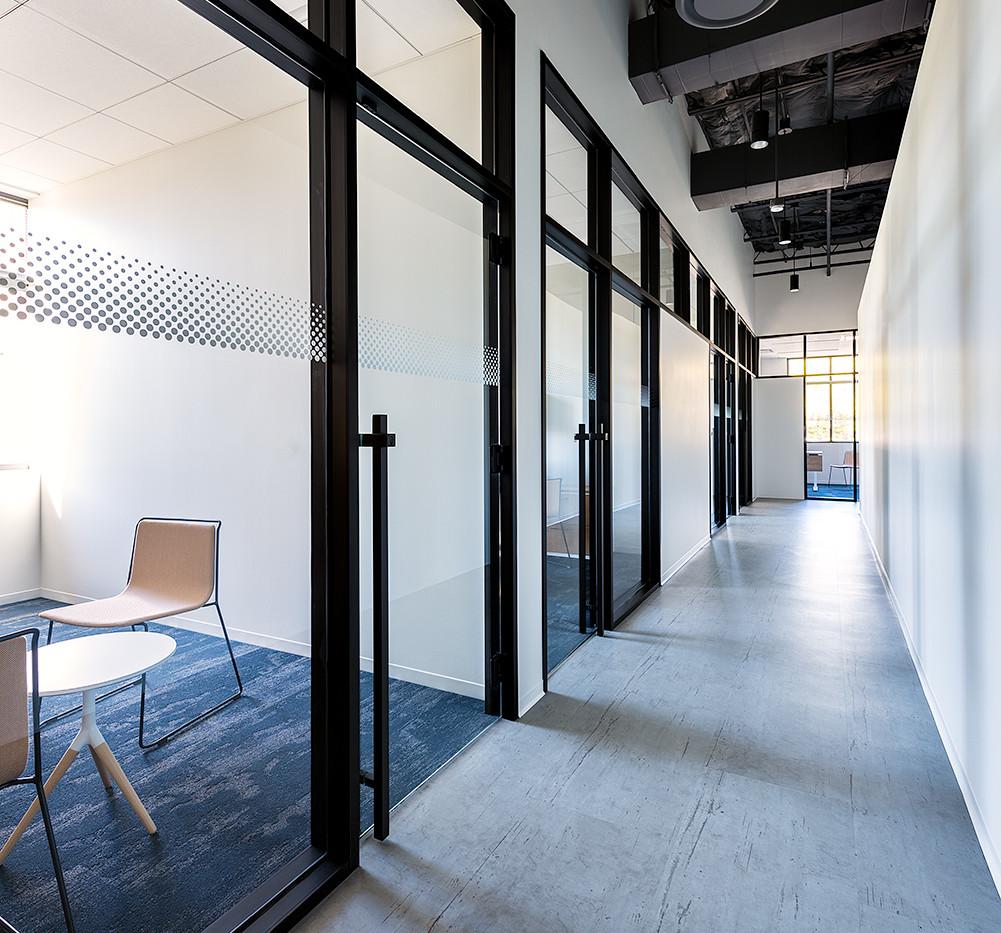 08 - Corridor.jpg