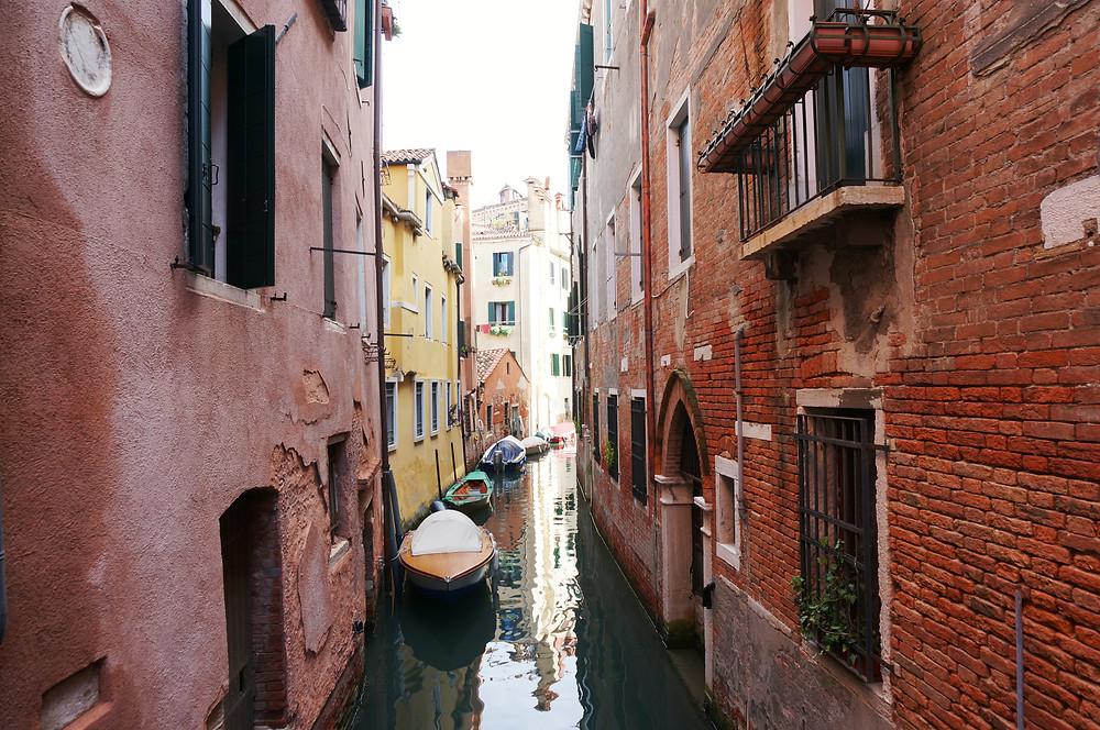 venezia canal gondola benátky