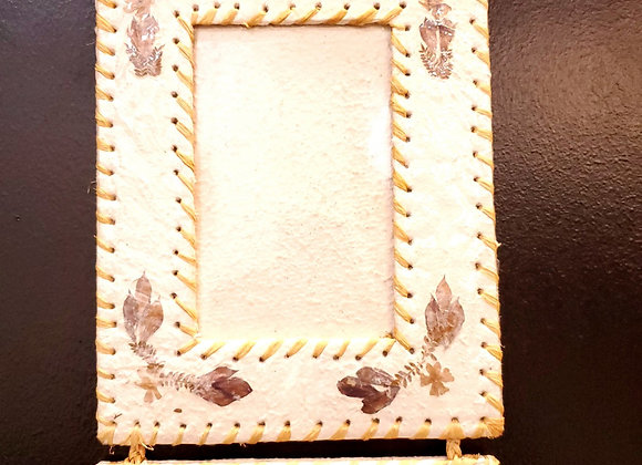 Madagascar Hanging Picture Frame