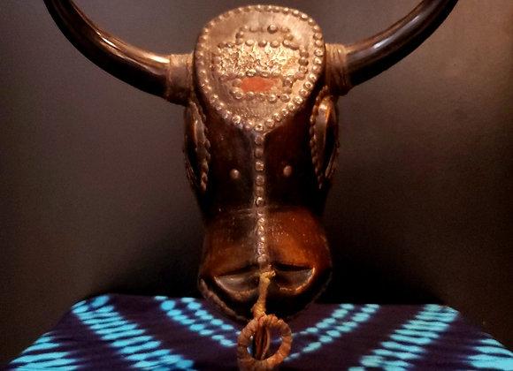 Baule Bull Head