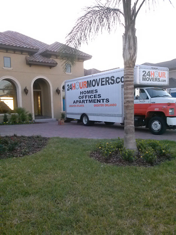 24 HOUR MOVERS MOVING TRUCK.jpg