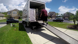 Movers Orlando ATCR unload Truck movers in orlando, orlando movers, moving in orlando, atcr movers, apopka movers, maitland movers,