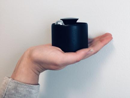 handspeaker.JPG