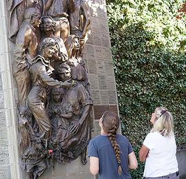 sculture.jpg