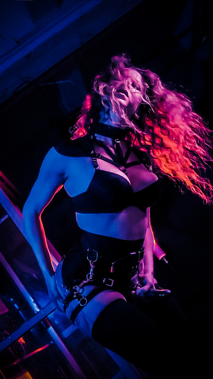 Mitzie Gibson Photography - TO neon kink