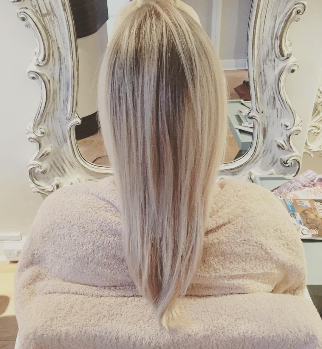 stunning blonde hair with root fade