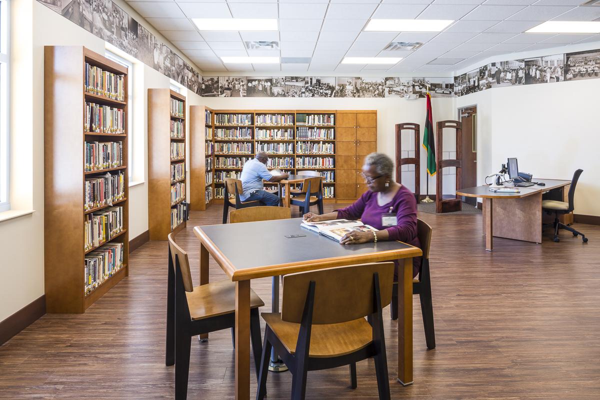 Robert W.Saunders Sr. Public Library