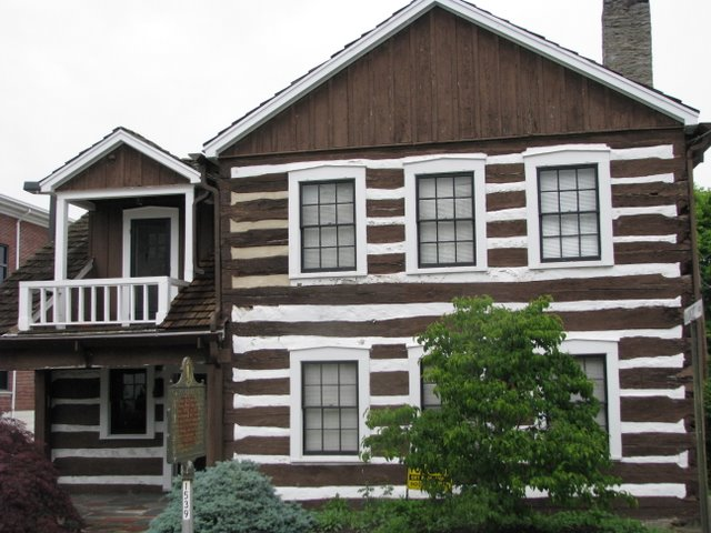 Old Log Cabin House