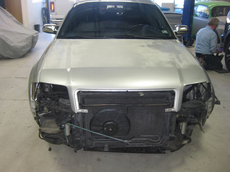 2002 Audi S6 11.jpg