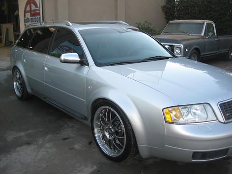 2002 Audi S6 3.jpg