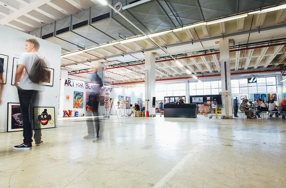 Galerie d'art pour exposition.jpg