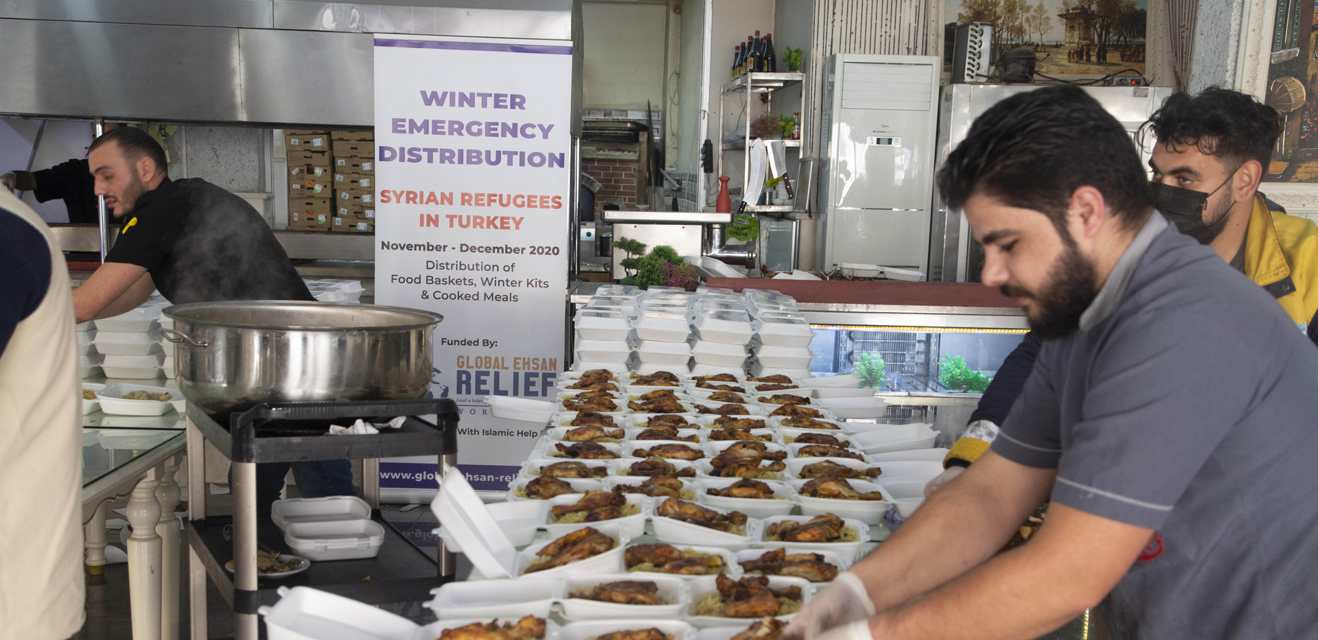 Distribution of Cooked Meals for Syrian Refugees in Turkey