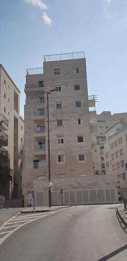 בניין ברוממה