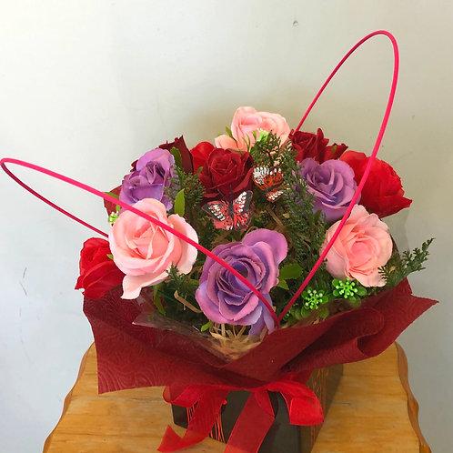 Artificial roses box