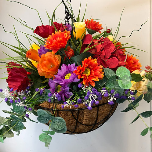 Hanging basket arrangement