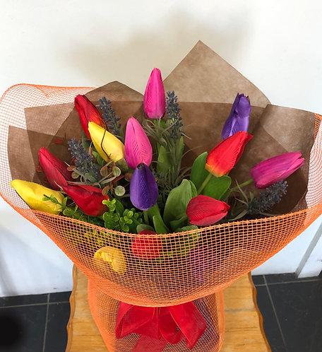 Artificial tulip arrangement