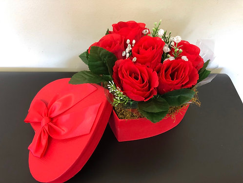 Roses in Heart box