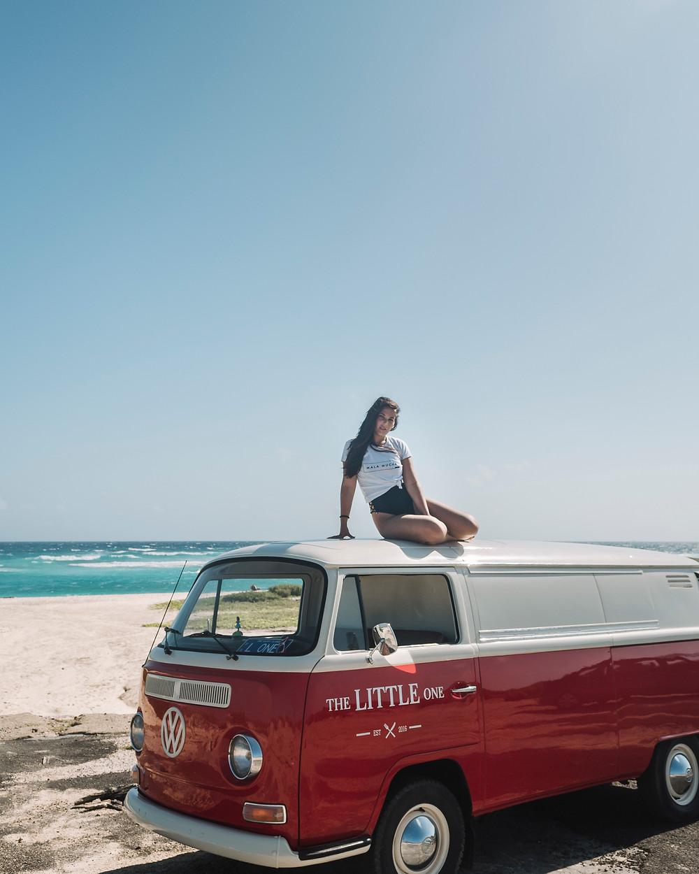 Mala Mucha Camper Van Aruba