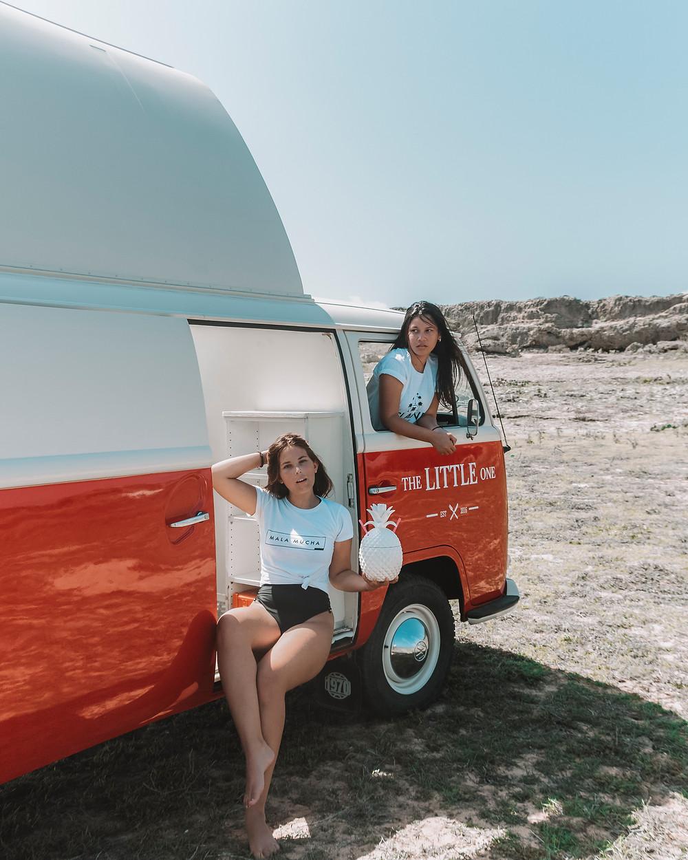 Island Girls Aruba