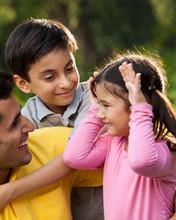 Las 5 cosas que ocurren cuando abrazas a tus hijos