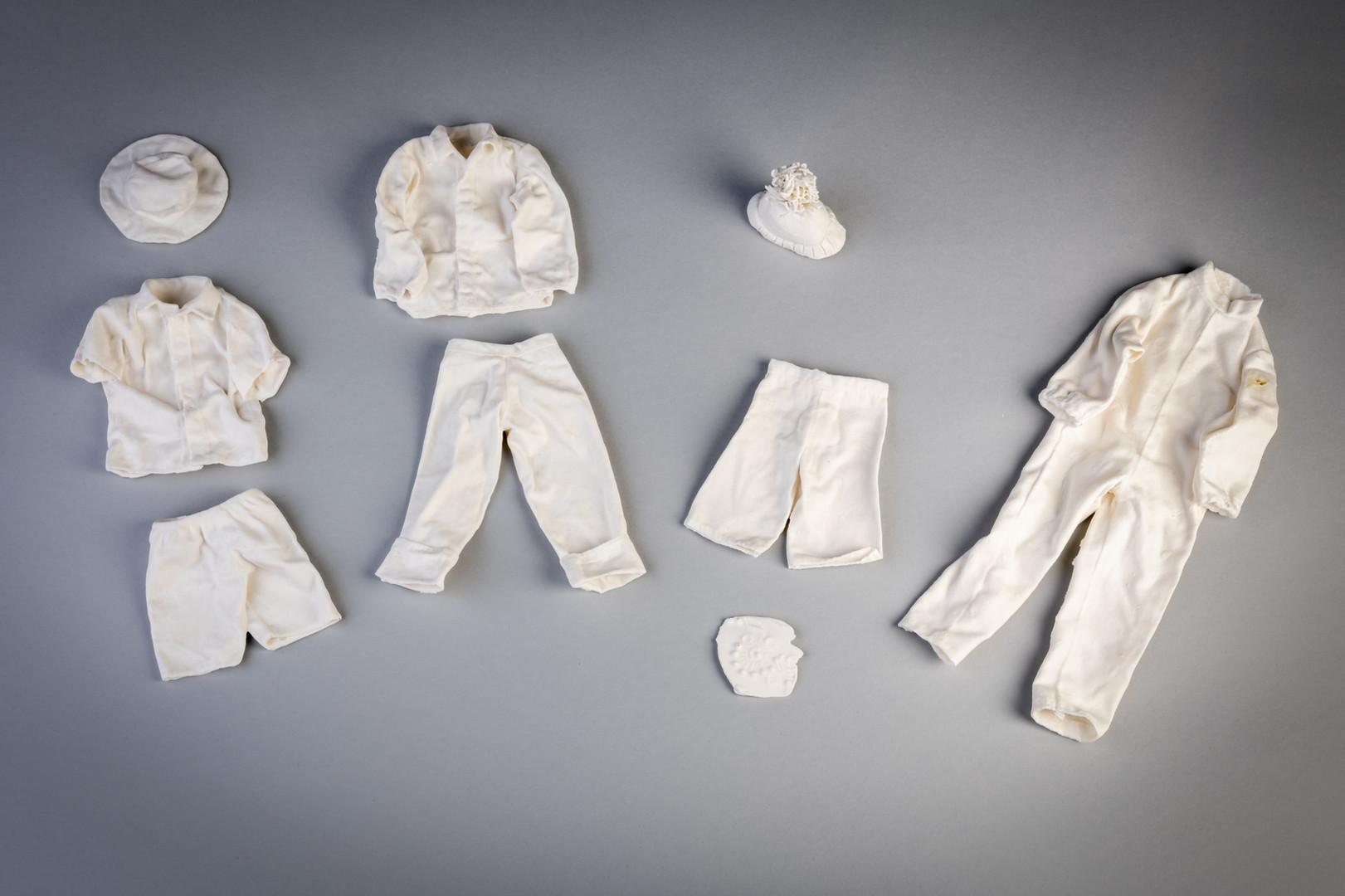 Porcelain clothing