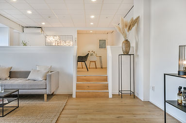 Amstel62 workspace and interior