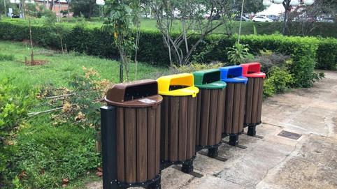 Parklet e Playgrounds E.Jotas Madeira Plástica