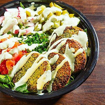 Can't go wrong with a falafel bowl👌 Veg