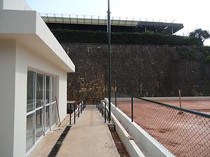 Construção de quadra de ténis