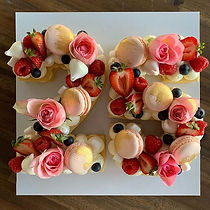 """25"" stacked biscuit cake #floral #femin"