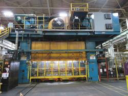 2000 ton Verson front