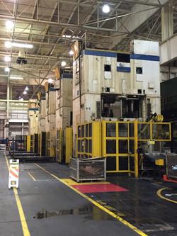USI Clearing 800 ton press