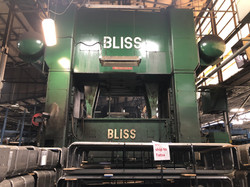 1000 ton Bliss front
