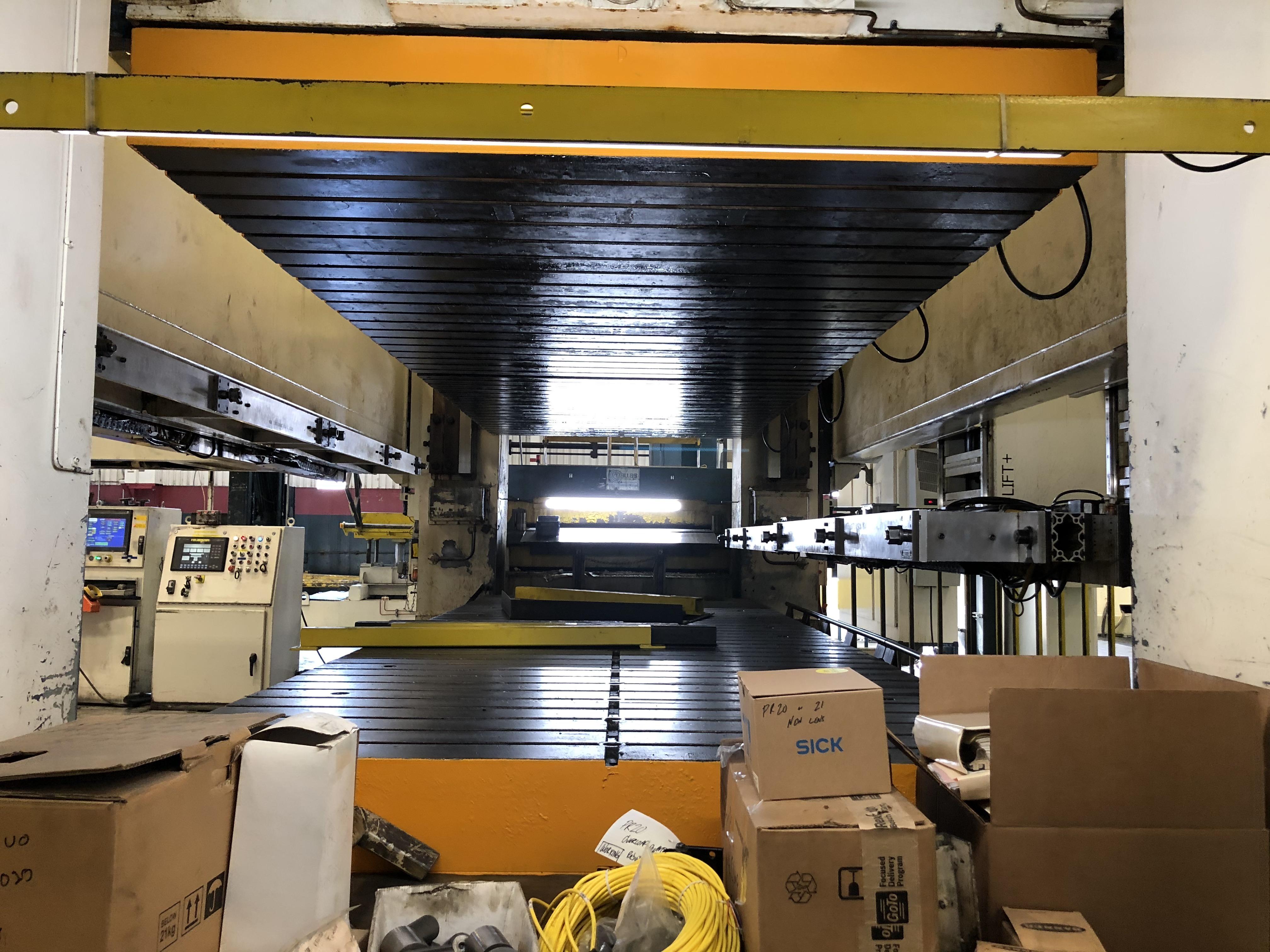 1000 ton Eagle8