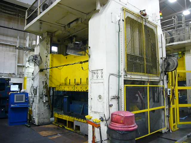 Rovetta 700 ton press for sale