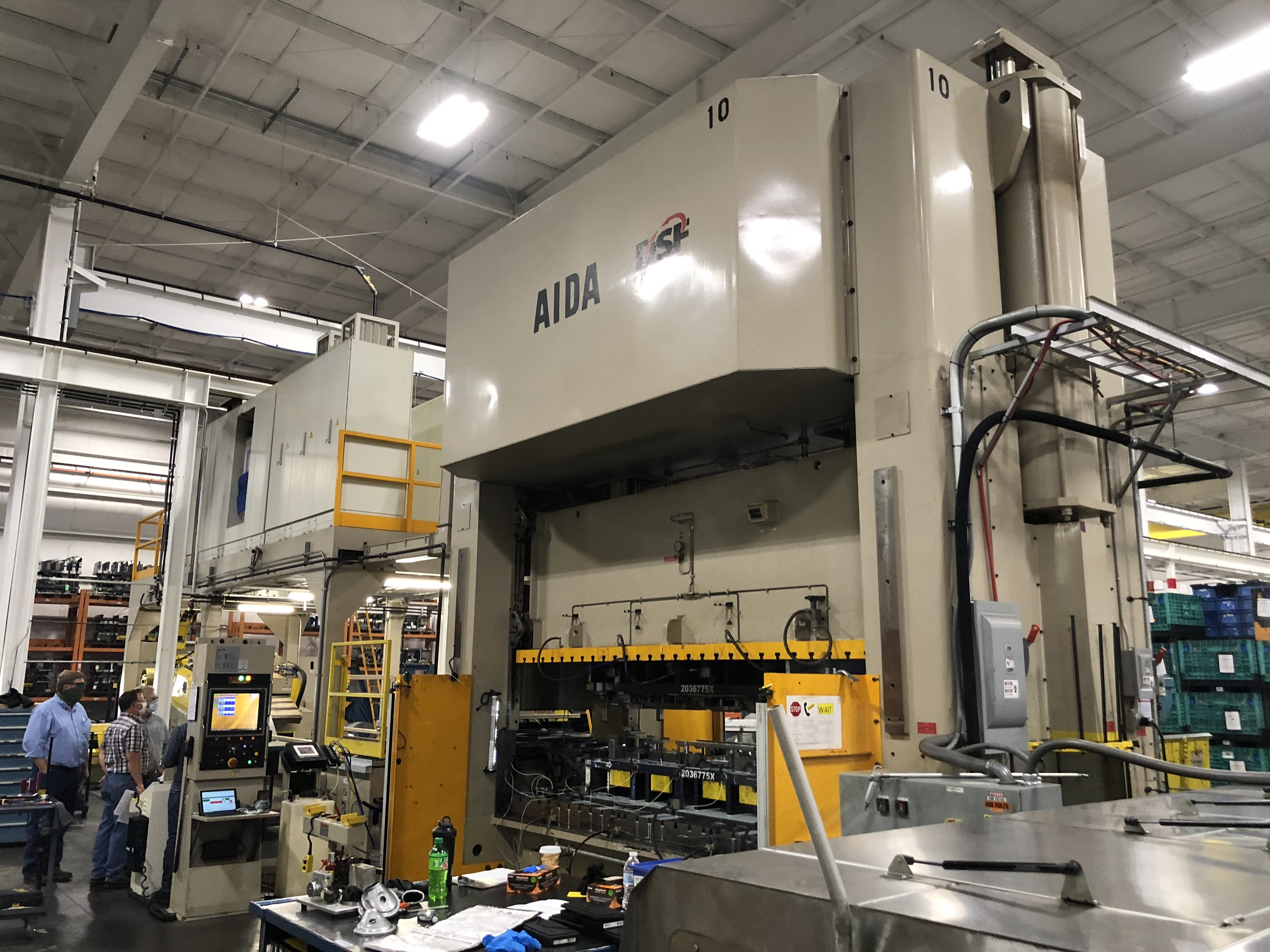 630 ton Aida servo press angle