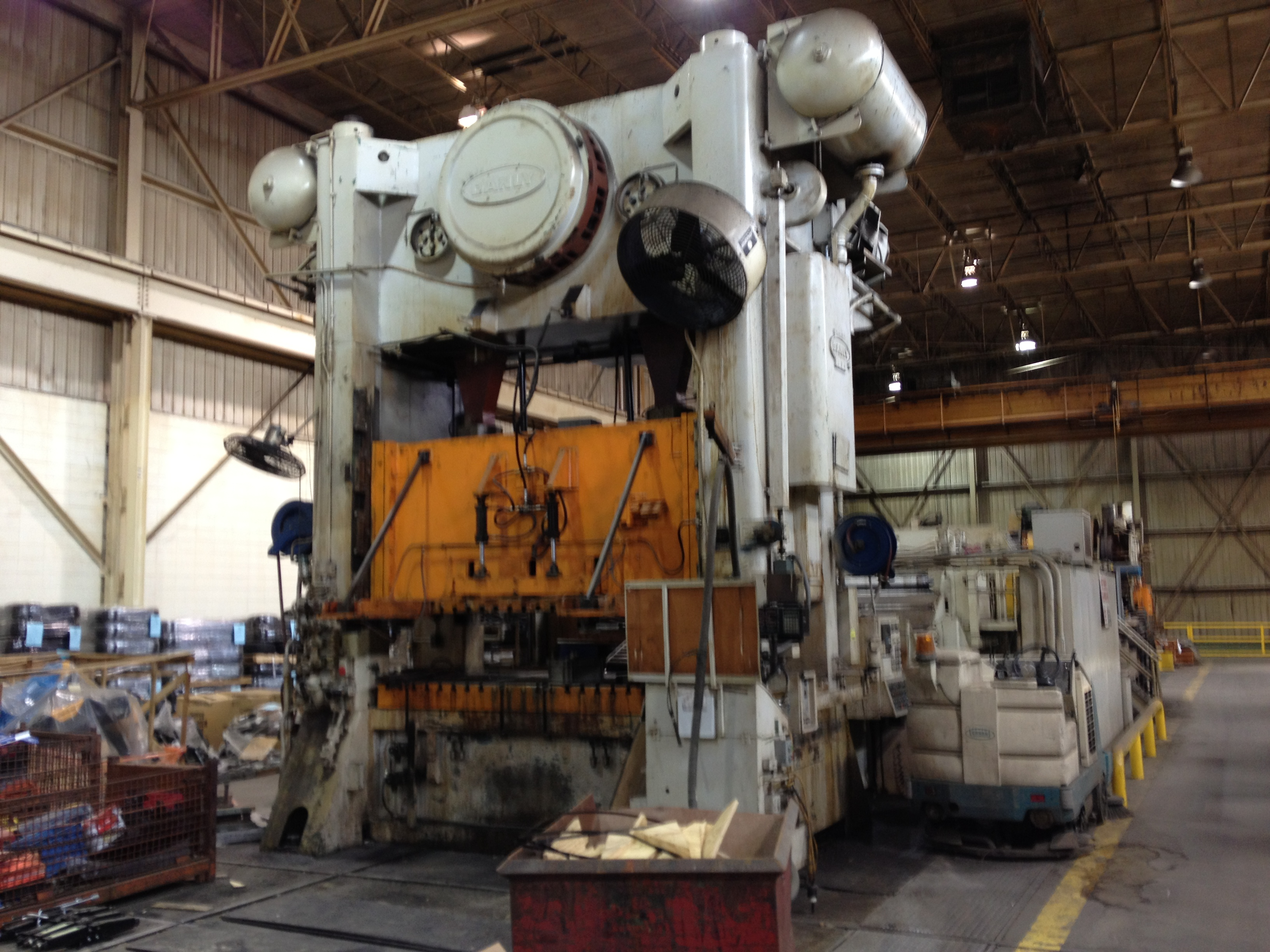 600 ton Danly blanker