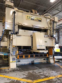600 ton Minster 1