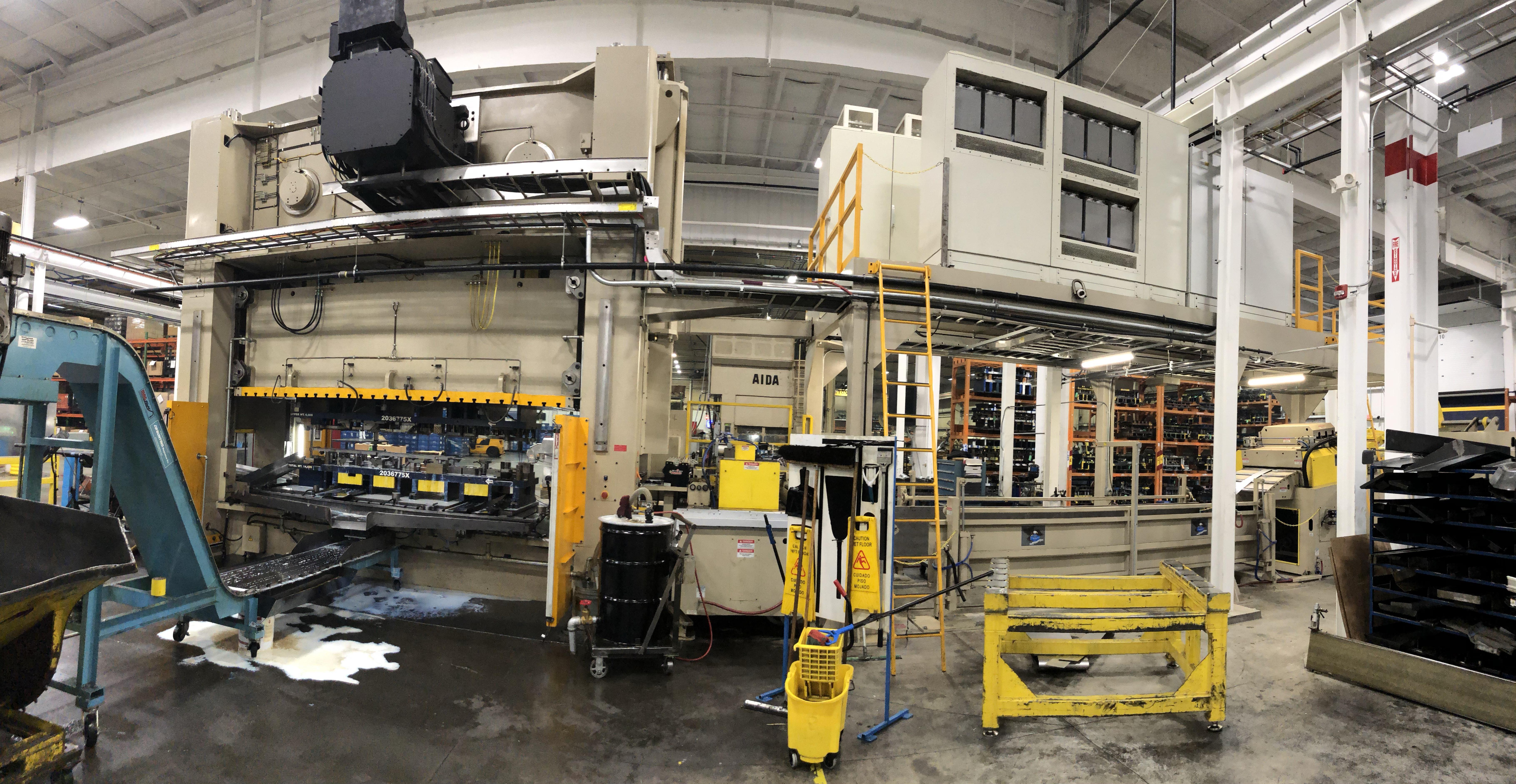 630 ton Aida servo press 3