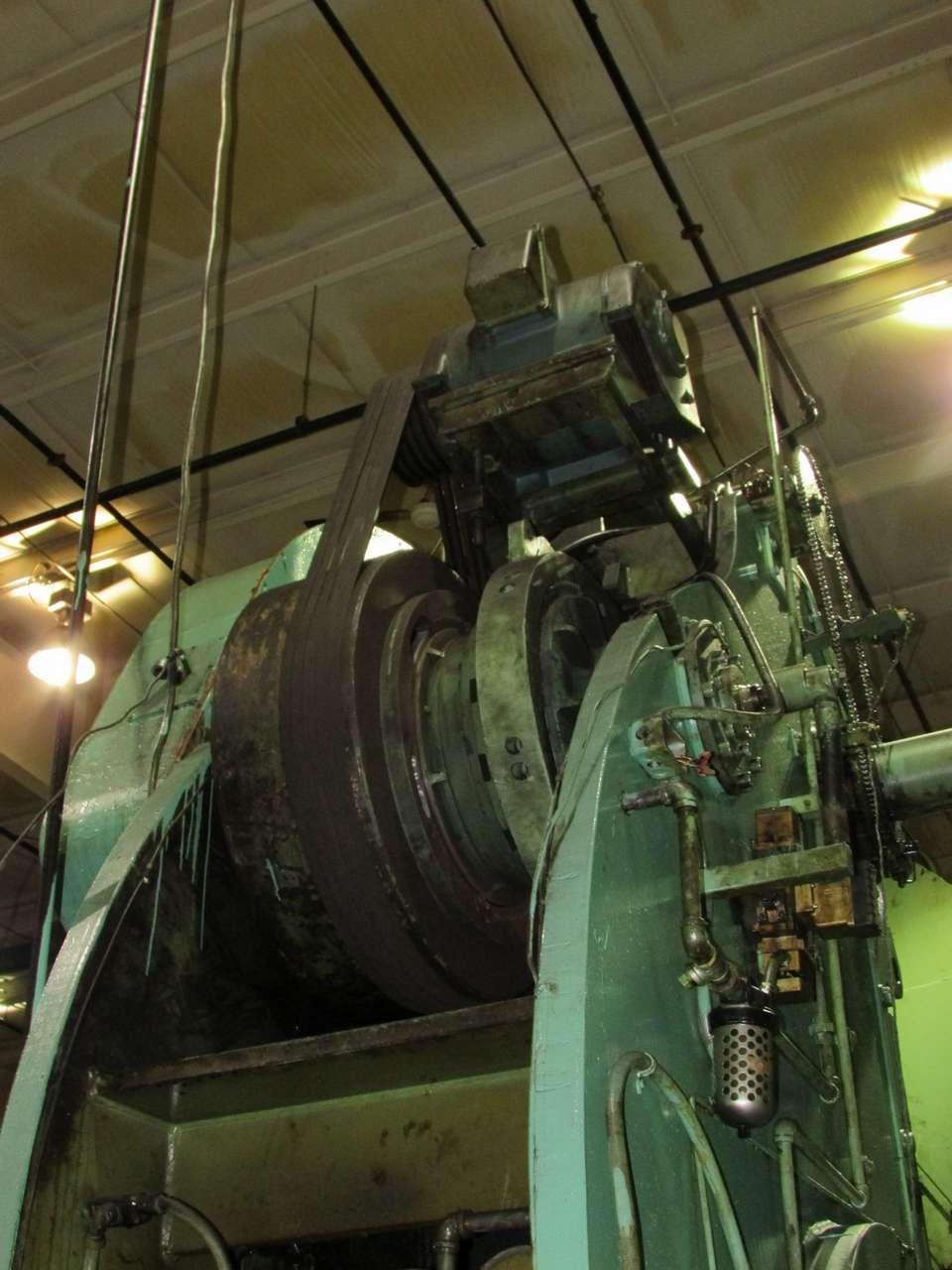 200 ton USI Clearing flywheel