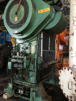 150 ton minster p2 side